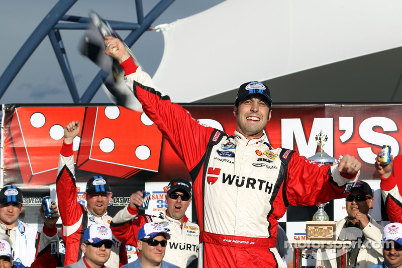 Hornish has an eye on the prize again