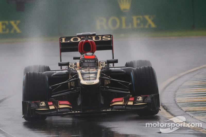 Despite rain, Lotus showed a good shape in qualifying for Australian GP
