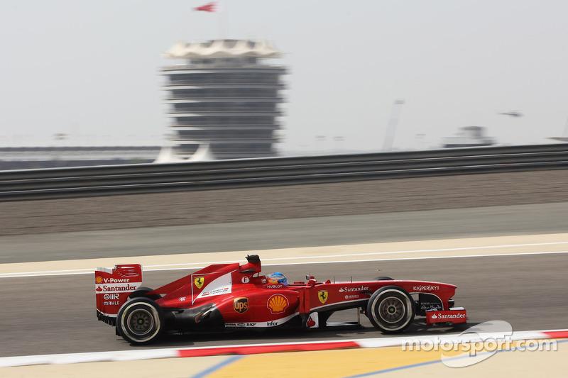 A calm Friday start in the desert for Ferrari in Bahrain