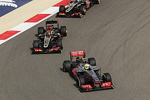 Formula 1 Race report Top-ten finish for both McLarens at Sahkir