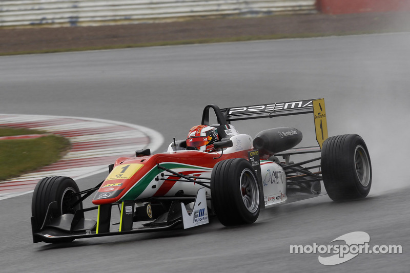 Raffaele Marciello dominates in the Hockenheimring rain