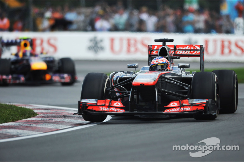 Button writes off 2013 title