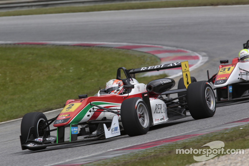Alex Lynn wins at Norisring