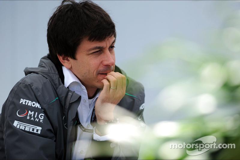 Mercedes' Wolff 'secretly recorded' amid F1 war - report