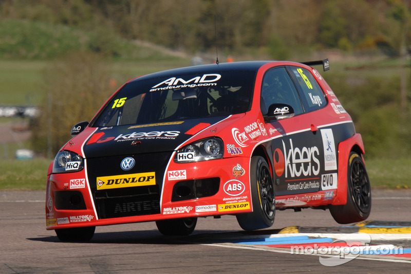 Encouraging signs for AmDTuning.com on challenging weekend at Snetterton