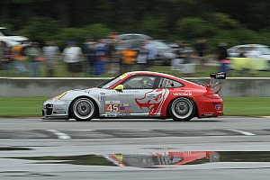 ALMS Race report Porsche 911 GT3 RSRs contend for Road America GT podium at Road America