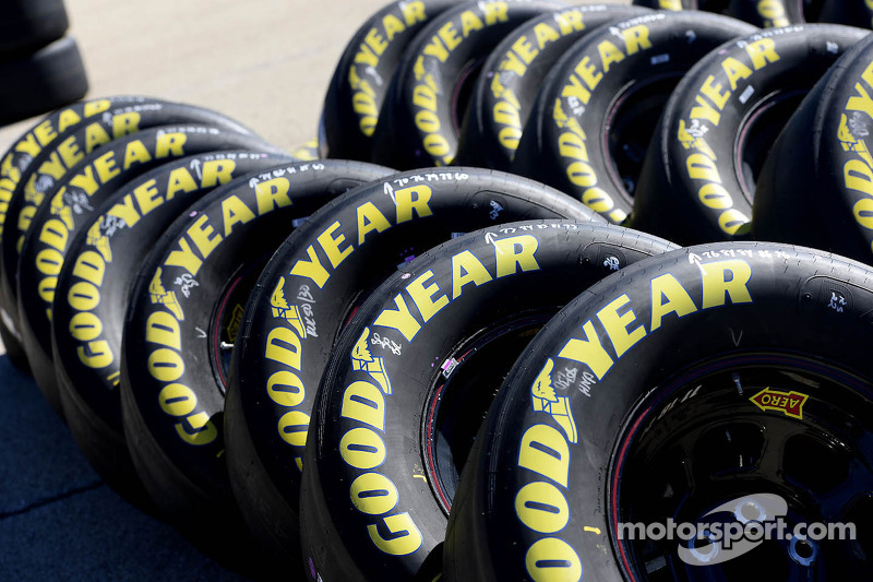 Kansas presents new challenge to Goodyear's dual-tread technology