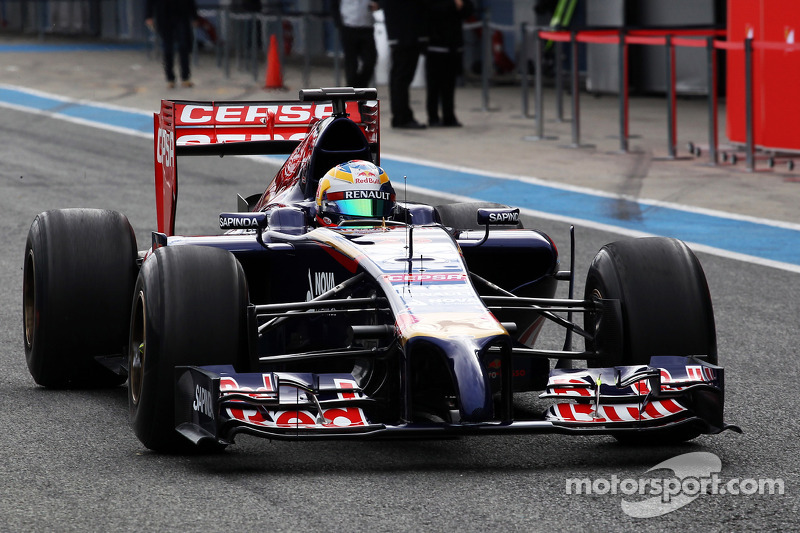 Useless second day for STR at Jerez testing