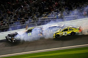 NASCAR Cup Breaking news Big wreck red flags Daytona Unlimited - video