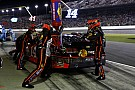 Faulty fuel pressure foils Stewart in Daytona 500