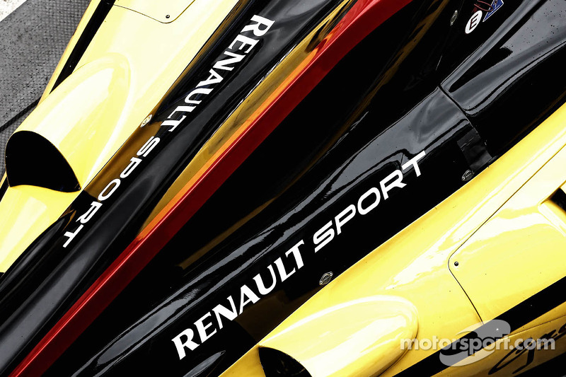 Renault ends road car deal with Caterham