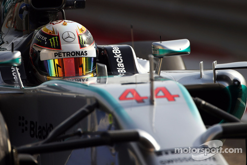 Mercedes set the early pace in Bahrain