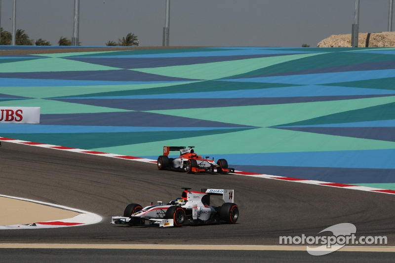 Quaife-Hobbs on the charge in Bahrain GP2