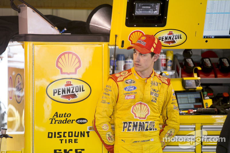 Joey Logano gunning for second win of 2014