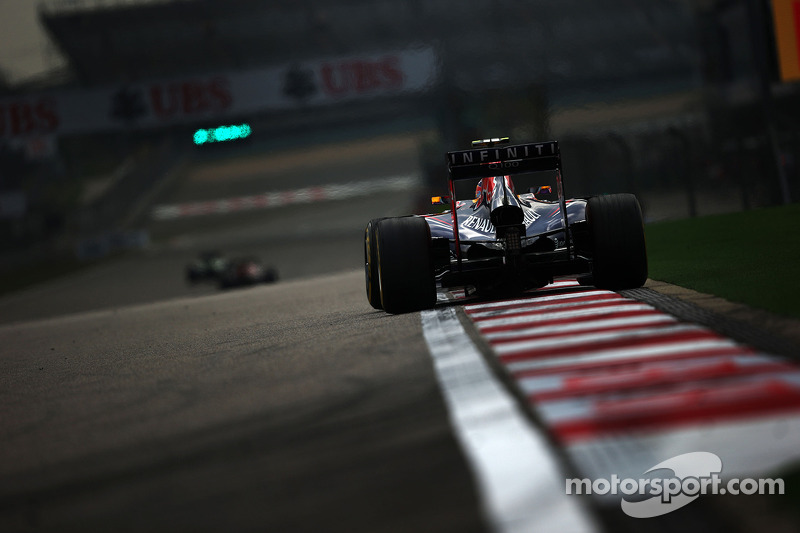 Mercedes wanted three-race ban for Red Bull