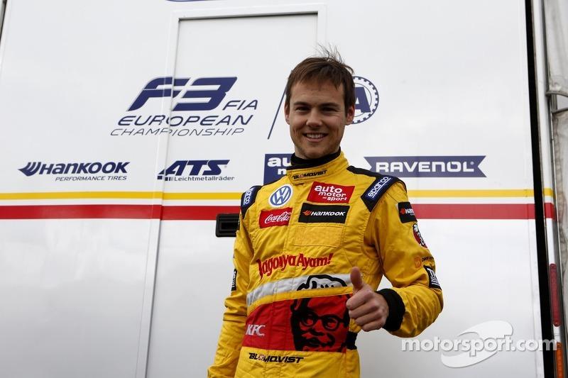 Blomqvist blitzes Silverstone