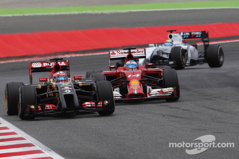 Grosjean scores in Barcelona first points of the season for Lotus