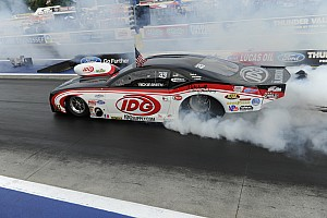 NHRA Qualifying report Smith sets track record during  Pro Mod Drag Racing Series qualifying on Friday