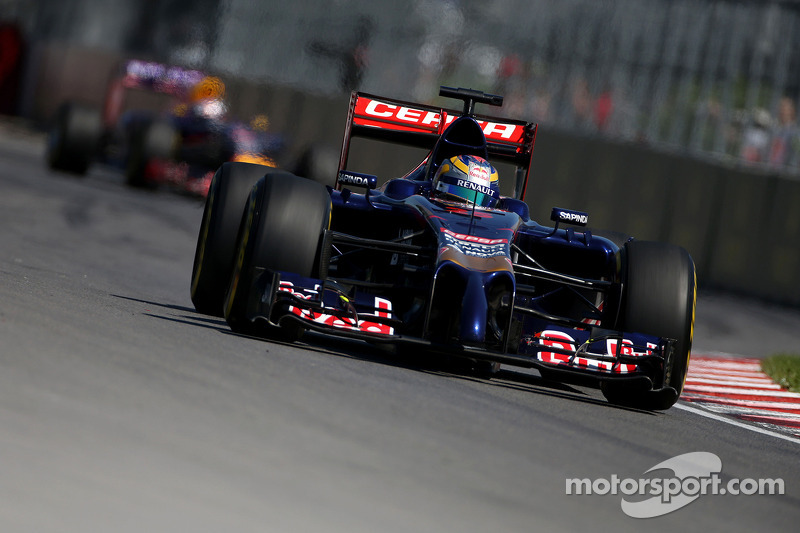 Toro Rosso's Vergne inside the top ten on qualifying for the Canadian GP