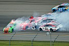 Danica Patrick triggers multi-car wreck early at Michigan