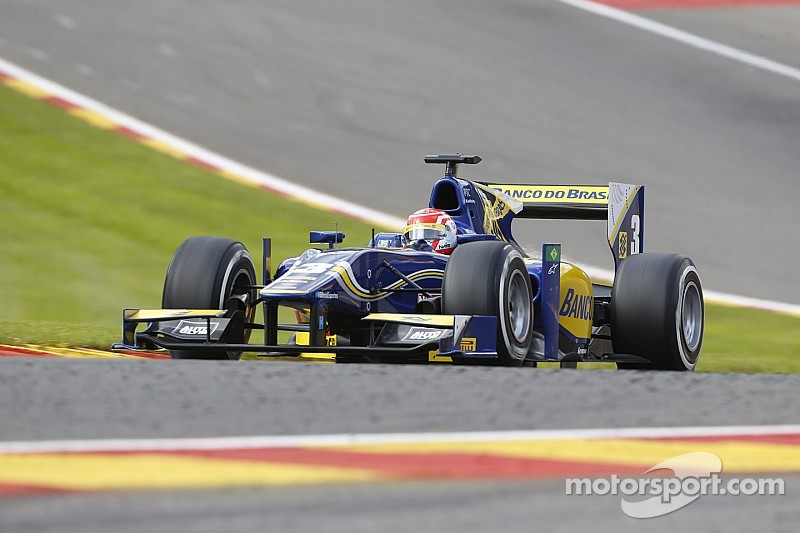 Nasr storms to sprint victory
