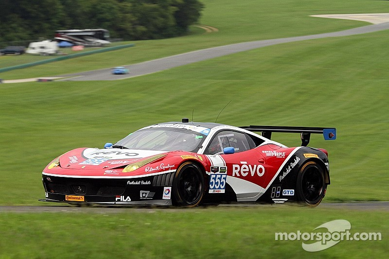 AIM Autosport on the offensive in a challenging weekend in Virginia