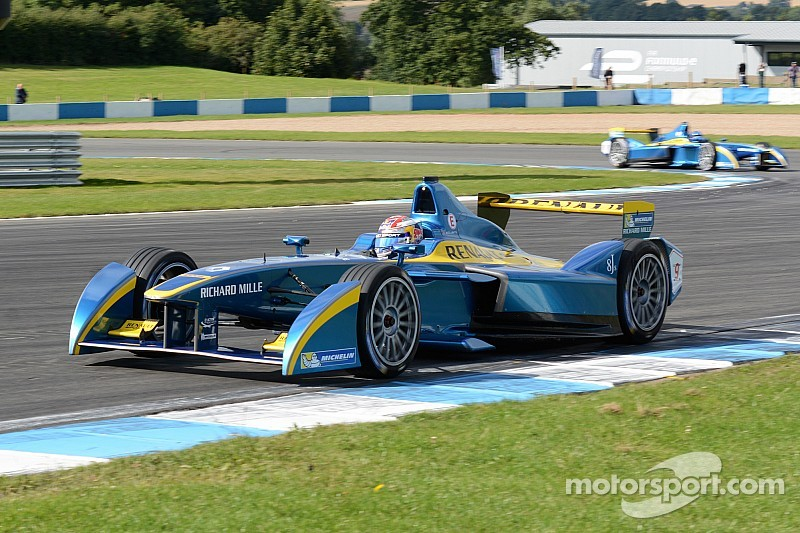 E.DAMS-Renault Formula-E Team: Renault enters the competition!