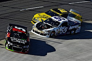 NASCAR Cup Commentary You're doing it wrong: Kahne and Vickers feud at Martinsville