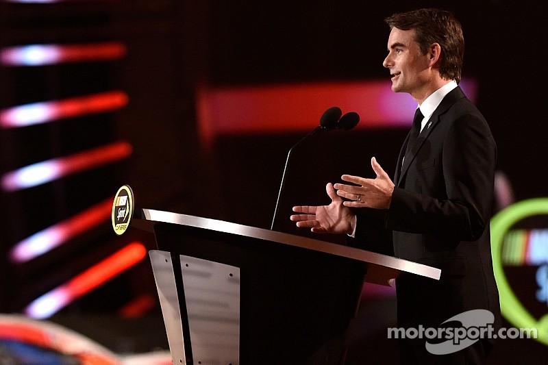 Jeff Gordon calls a halt to full-time NASCAR career
