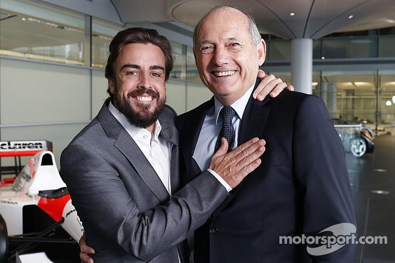 Dennis admite su error con Alonso