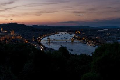 Zwischen Hotel und Strecke gefangen: Ungarn-Isolation deutlich härter
