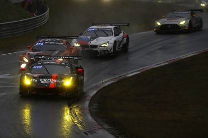 15 Boxenstopps in 79 Runden: octane126 erlebt Nürburgring-Horror