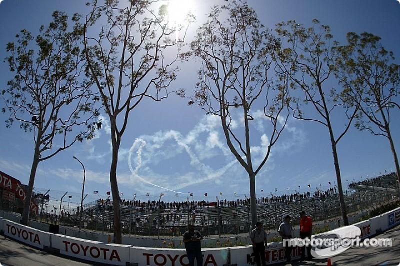 Организаторы изменили расписание этапа Формулы Е в Лонг-Бич