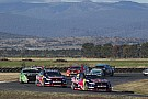 Whincup inherits lead to win at Symmons Plains