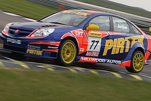 BTCC Ultime notizie Andrew Jordan al top nei test di Rockingham