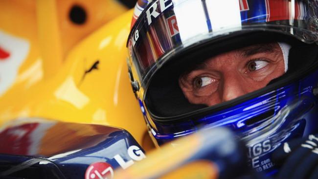 Un surriscaldamento del motore ha rallentato Webber