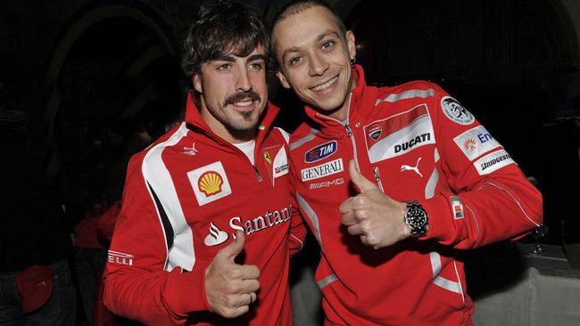 Alonso pensa ad una sfida con Valentino a fine anno