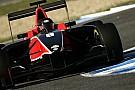 Manor conferma i suoi tre piloti per il 2011