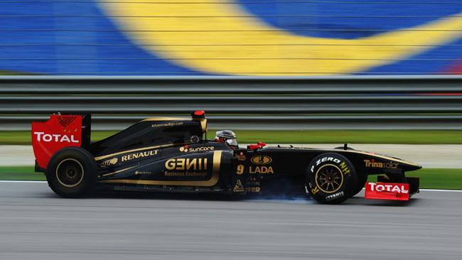 Sospensioni ko sulle Lotus Renault nelle Libere 1