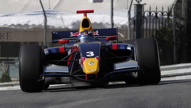 Super pole position di Ricciardo a Montecarlo