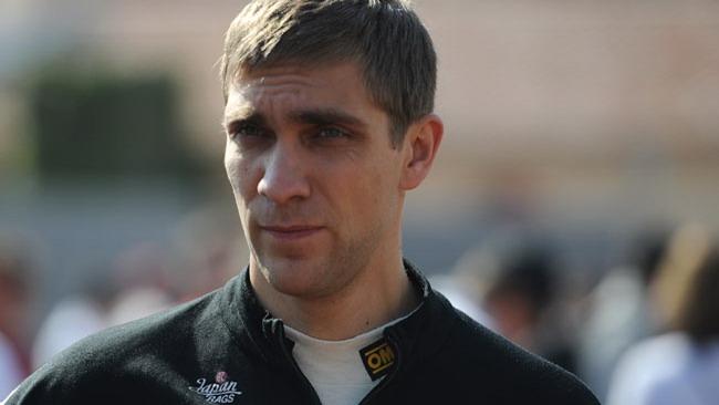 Bandiera rossa per Petrov, ma la gara riparte...