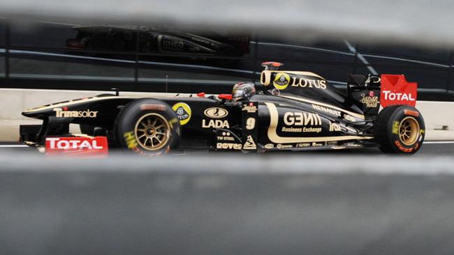 Lotus Renault potrebbe rinunciare agli scarichi laterali