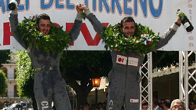 I fratelli Nucita al via del Rally del Galles