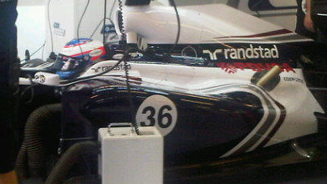 La Williams ha già provato gli scarichi alti per il 2012