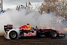Vettel fa spettacolo a Milton Keynes