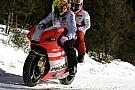 Valentino ha guidato la Desmosedici sulla neve!