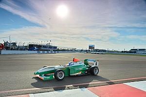 Pro Mazda Résumé de course Première victoire pour Buret, frayeur pour Latorre