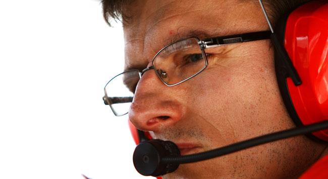 Chris Dyer tratta con la Force India