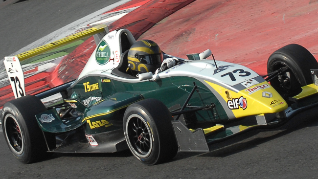 Formula 2000 Light: Peccenini in volata su Papaleo