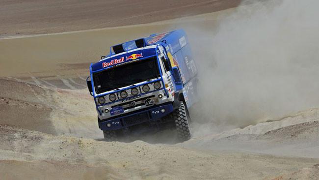 Dakar, 4° Tappa: Kamaz all'attacco, de Rooy nei guai